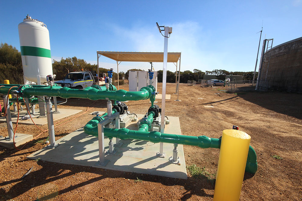 Belka Pump Station upgrade using height adjustable pipe supports